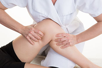 knee massage hertford